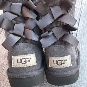Ugg Bailey Bow Boots 3280T